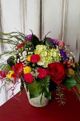 Sweet Garden Bouquet from Wren's Florist in Bellefontaine, Ohio